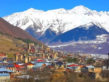 mestia-svaneti-gruzia-foto-1024x576