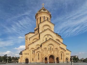 2014_Tbilisi,_Sobór_Trójcy_Świętej_(17)