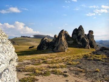 скалы в урочище шокпартас